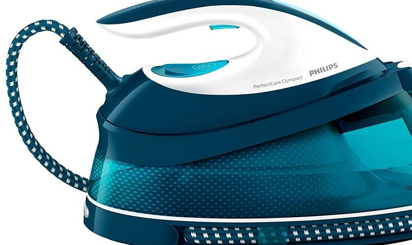 1593348968 The Philips GC783120 Ironing Centre with OptimalTEMP technology is discounted