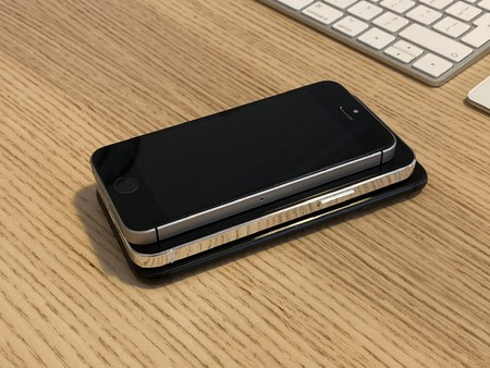 Iphone 12 5 4 Inches 007