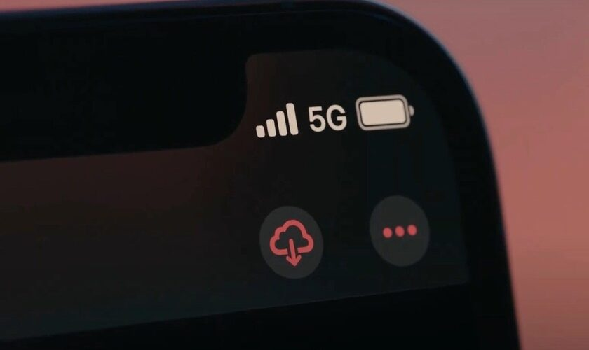 1603299686 the difference between 4G or 5G use on iPhone 12