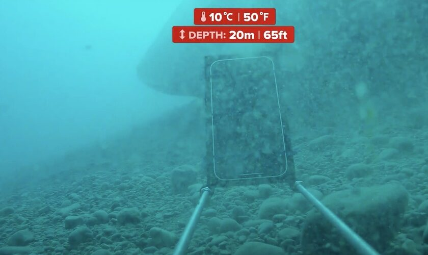1607035429 This is how the iPhone 12 resists a scuba test