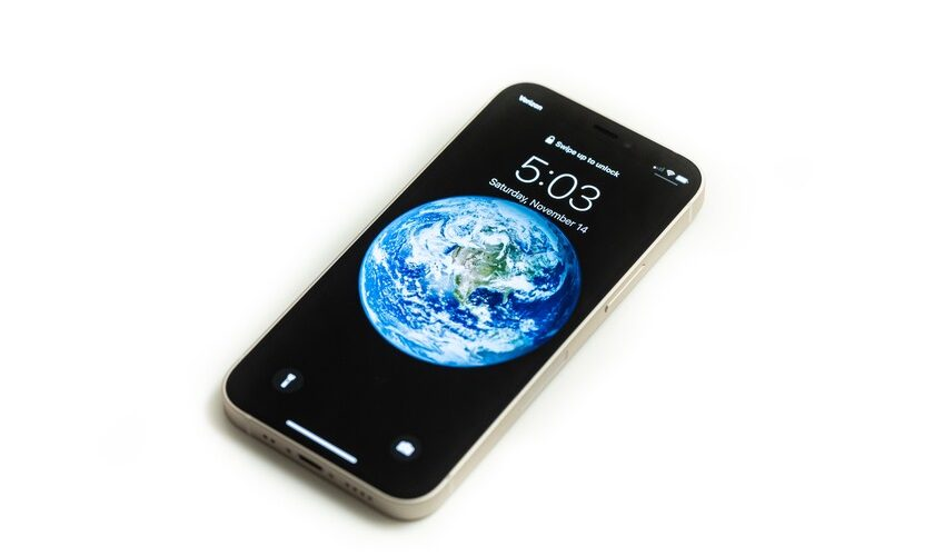 1613597185 We will see an iPhone 13 mini despite moderate sales