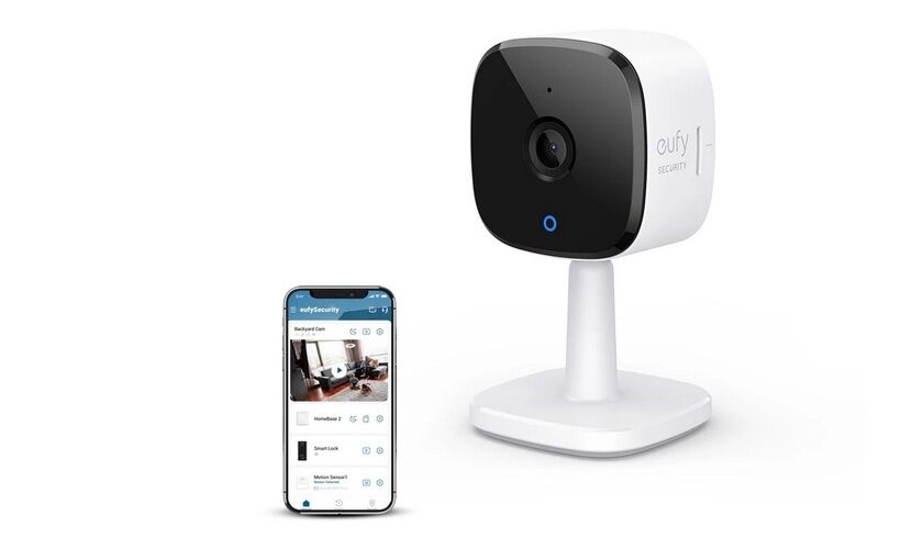 1617321999 This 2K surveillance camera compatible with Apple HomeKit is one