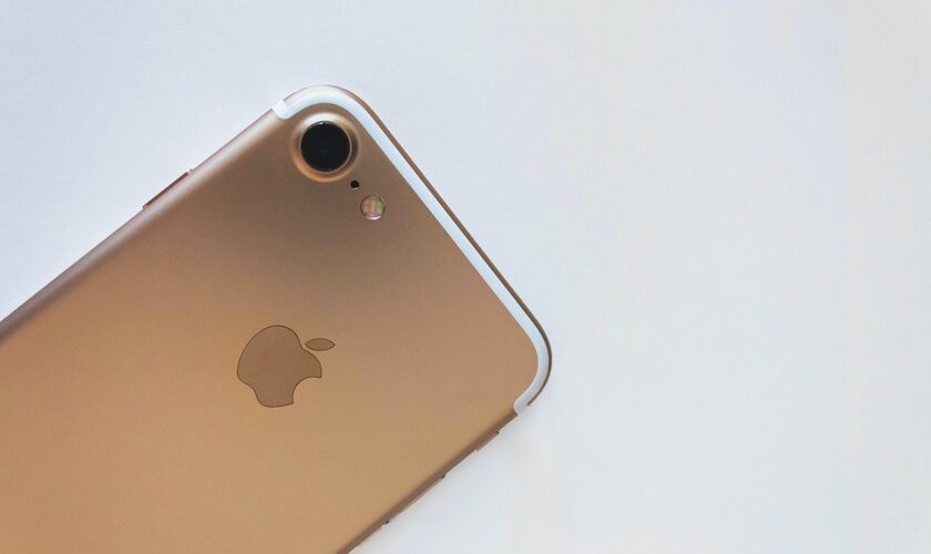 1618341436 comparison with iPhone 8 and iPhone 7 price and specifications