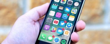 Can apps be hidden on iPhone?