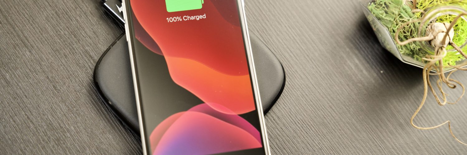 How Fast Is iPhone SE wireless charging?