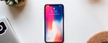 How do I fix an unresponsive iPhone 11 screen?