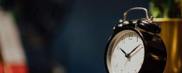 How do I stop sleeping through my alarm?