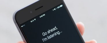 Is Siri listening to you all the time?