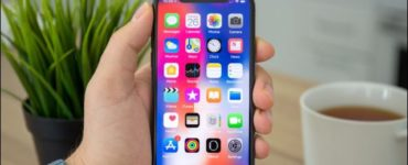 What is the latest version of iOS for iPhone?