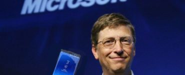 What phone does Bill Gates have?